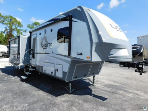 2017 Open Range Light  293RLS