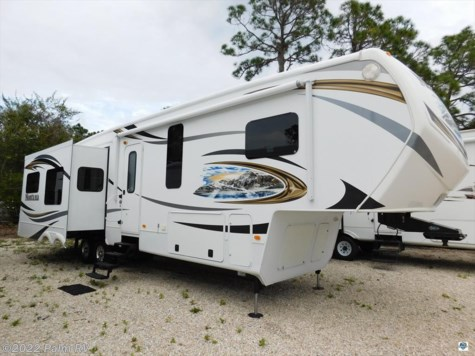 2013 Keystone Montana  3625RE