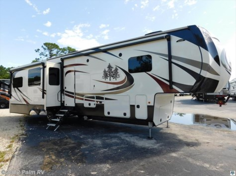2018 CrossRoads  REDWOOD 3821RL