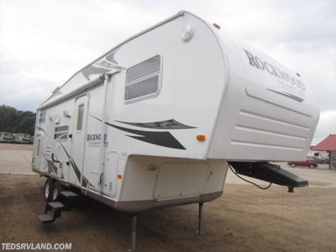 2008 Forest River Rockwood Signature Ultra Lite  8261SS