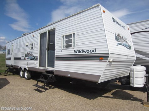 2003 Forest River Wildwood  37BHSS