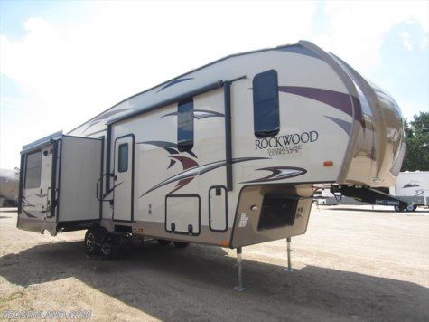 2018 Forest River Rockwood Signature Ultra Lite  8299BS
