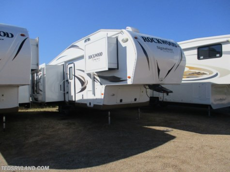 Used 2013 Forest River Rockwood Signature Ultra Lite 8289WS For Sale by Ted's RV Land available in  Paynesville, Minnesota
