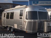 2016  Airstream Flying Cloud 25BWB by Airstream from Lazydays in Tucson, Arizona