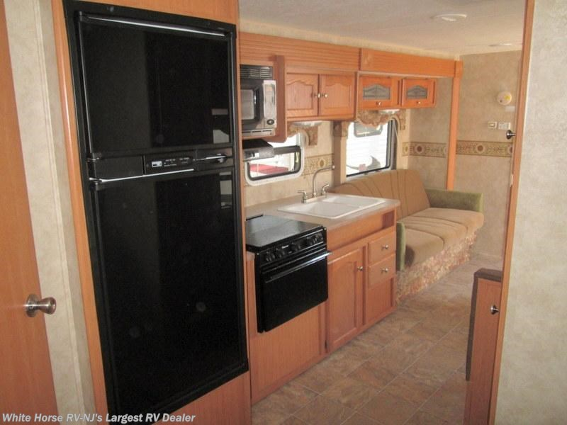 2008 dutchmen rv four winds 28bgs 2 bdrm sofa galley for Kitchen cabinets 08094