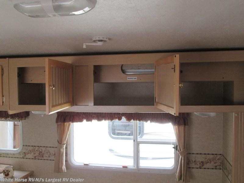 2005 jayco rv jay feather lgt 29y bunk beds sofa galley for Kitchen cabinets 08094