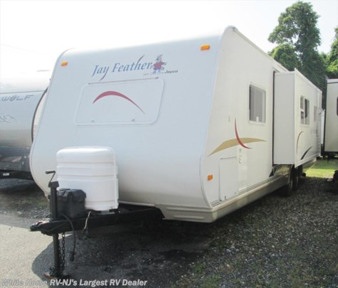 2005 Jayco Jay Feather  LGT 29Y Bunk Beds, Sofa/Galley Slide-out