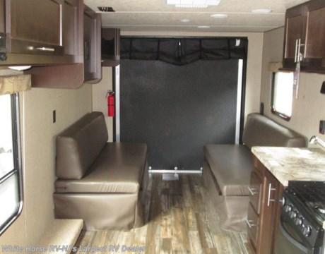 Fr1666 2016 forest river grey wolf 25rr front queen for Rear garage door