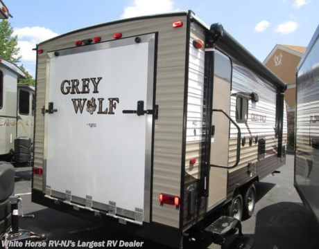 Fr 2016 forest river grey wolf 22rr front queen for Rv garage doors for sale