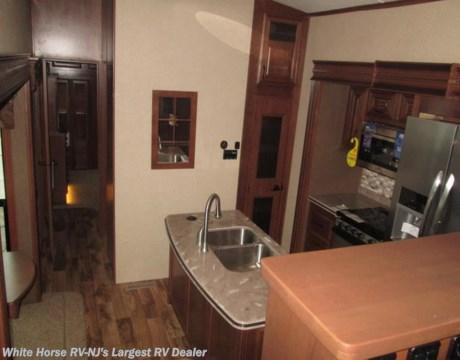 J 2016 Jayco Pinnacle 38flsa Front Living Room Quad