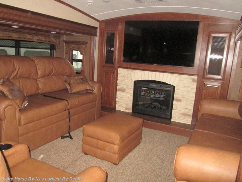 2016 Jayco Rv Pinnacle 38flsa Front Living Room Five Slide For Sale In Williamstown Nj 08094