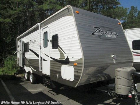 2015 CrossRoads Zinger  ZT25SB Rear Kitchen Slide-out