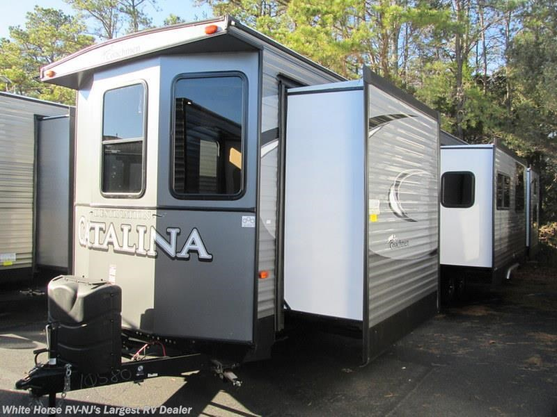 2017 Coachmen Catalina 40TSHB Triple Slide 2 BdRM 1 1 2 Baths. FR1649   2016 Coachmen Catalina 40TSHB TRIPLE SLIDE 2 BEDROOM for