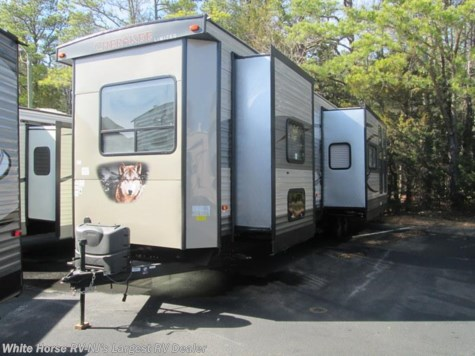 2018 Forest River Cherokee  39KR 2-BdRM Quad Slide with 1 1/2 Baths!