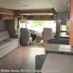 White Horse RV Center (Galloway Twp) 2018 Bounder 35P King Bed Quad Slide-out  Class A by Fleetwood | Egg Harbor City, New Jersey