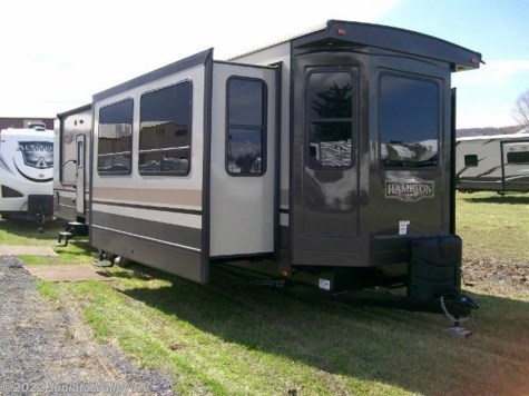 New 2017 CrossRoads Hampton 380FD For Sale by Juniata Valley RV available in Mifflintown, Pennsylvania