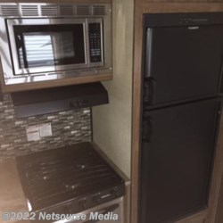 2018 Gulf Stream Conquest 276BHS  - Travel Trailer New  in Columbus GA For Sale by COLUMBUS CAMPER & MARINE CENTER call 706-309-1767 today for more info.