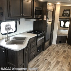 2019 Starcraft Autumn Ridge Outfitter 26BHS  - Travel Trailer New  in Opelika AL For Sale by Ashley's Boat & RV call 334-246-0482 today for more info.