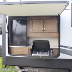 Ashley's Boat & RV 2019 Aerolite 3303RL  Travel Trailer by Dutchmen | Opelika, Alabama