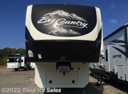 New 2015  Heartland RV Big Country 3150RL by Heartland RV from Tiara RV Sales in Elkhart, IN