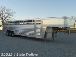 2015 Featherlite  8x32 8127 Stock Trailer
