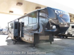 2015 Heartland RV Cyclone 4000