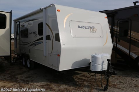 2012 Forest River Flagstaff  MICRO LITE 21FBRS
