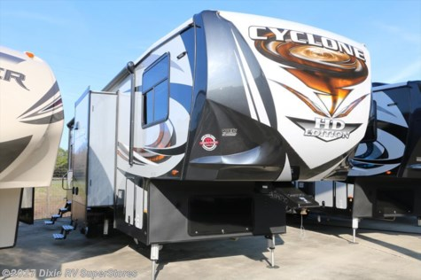 2017 Heartland RV Cyclone  3611