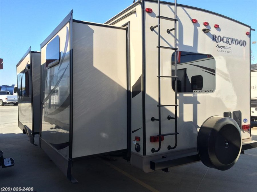 2016 Forest River Rockwood Signature Ultra Lite 8327SS
