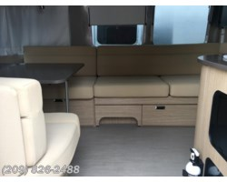 #6754 - 2017 Airstream Flying Cloud 27FB
