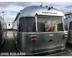 #6855 - 2017 Airstream Flying Cloud 25FB