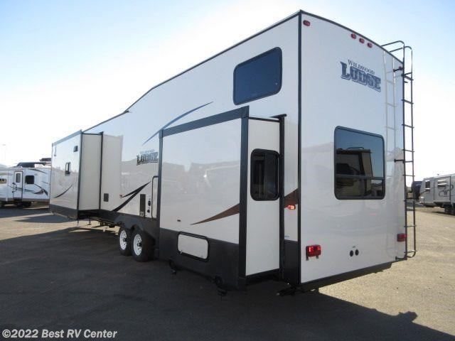 2018 forest river rv wildwood lodge 4092bfl 2 bedrooms with loft for sale in turlock ca 95382 for Rv with loft