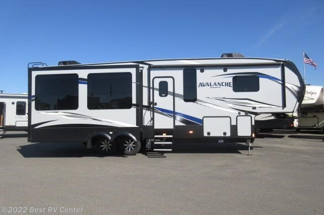 new keystone avalanche fifth wheel trailer classifieds 2018 keystone avalanche 300re three. Black Bedroom Furniture Sets. Home Design Ideas