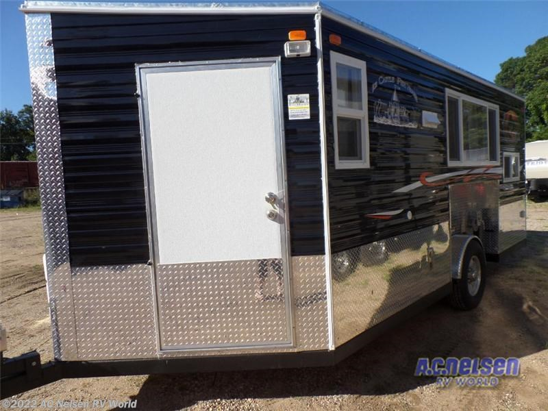 2016 ice castle rv ice castle fish houses lake of the for Fish house rv