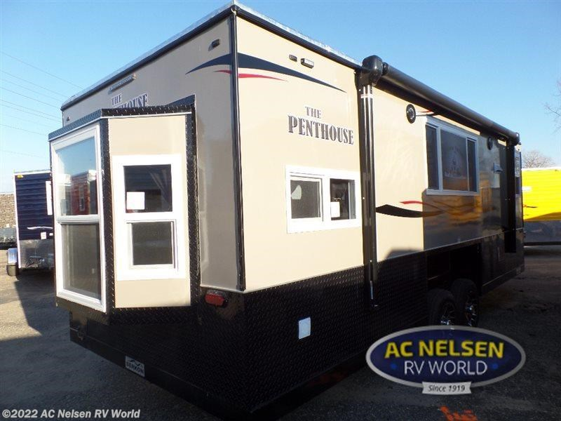 2016 ice castle rv ice castle fish houses penthouse for for Fish house rv