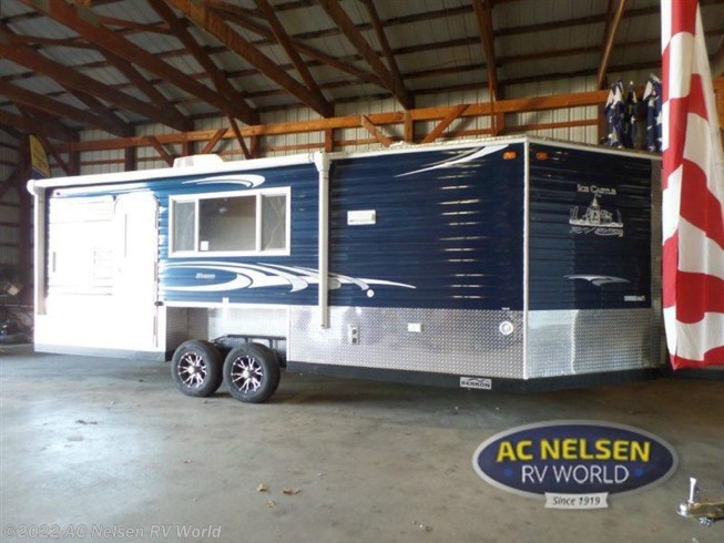 2016 ice castle rv ice castle fish houses 22 ft rv with for Ice castle fish house for sale