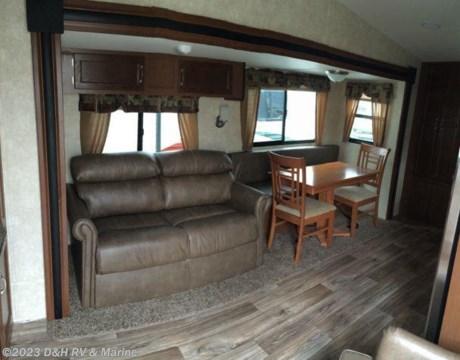 32loftres 2016 Riverside 32 Loft Two Level Camper For