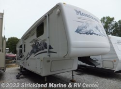 Used 2006  Keystone Montana 3000RK by Keystone from Strickland Marine & RV Center in Seneca, SC