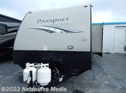 New 2016  Keystone Passport 3320BH by Keystone from Alliance Coach in Lake Park, GA