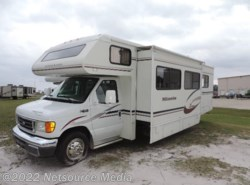 Used 2005  Winnebago Minnie M32G by Winnebago from Alliance Coach in Lake Park, GA