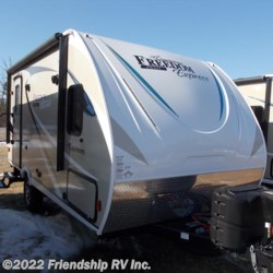 New 2018 Coachmen Freedom Express Pilot 19RKS For Sale by Friendship RV Inc. available in Friendship, Wisconsin