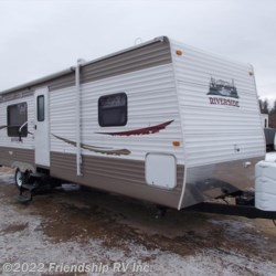 Used 2011 Riverside 29RLS For Sale by Friendship RV Inc. available in Friendship, Wisconsin