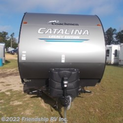 2019 Coachmen Catalina Legacy Edition 333BHTSCKLE  - Travel Trailer New  in Friendship WI For Sale by Friendship RV Inc. call 608-339-2300 today for more info.