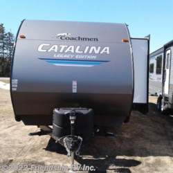 2019 Coachmen Catalina Legacy Edition 303RKDSLE  - Travel Trailer New  in Friendship WI For Sale by Friendship RV Inc. call 608-339-2300 today for more info.