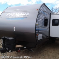 2020 Coachmen Catalina Legacy Edition 323BHDSCKLE  - Travel Trailer New  in Friendship WI For Sale by Friendship RV Inc. call 608-339-2300 today for more info.