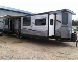 #UC1705 - 2017 Coachmen Catalina Destination 39MKTS