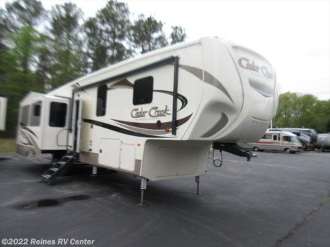 2018 Forest River Cedar Creek Silverback  351K