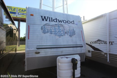 2005 Forest River Wildwood  LE 30BHBS W/S