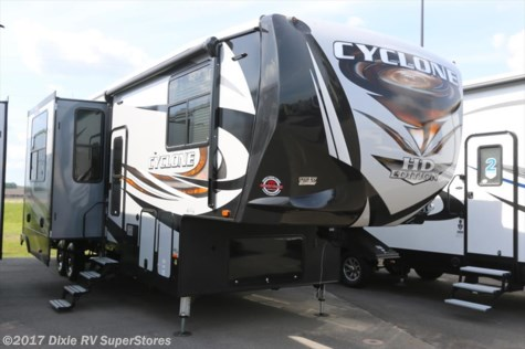 2018 Heartland RV Cyclone  3513