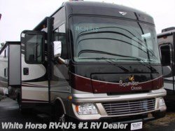 2014 Fleetwood Bounder Classic 36H Triple Slideout 2 Bedroom Bath & 1/2